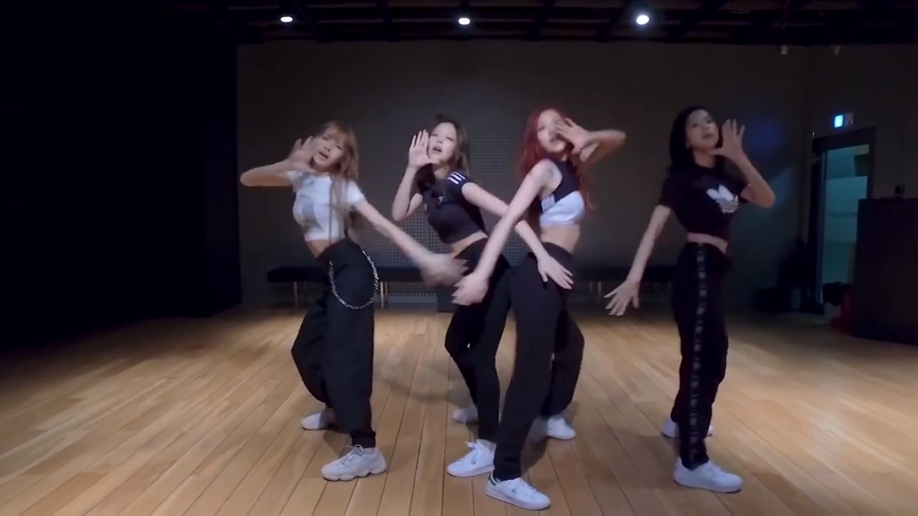 【DDU-DU】★BLACKPINK★15【FOREVER YOUNG】 	YouTube動画>42本 ->画像>100枚